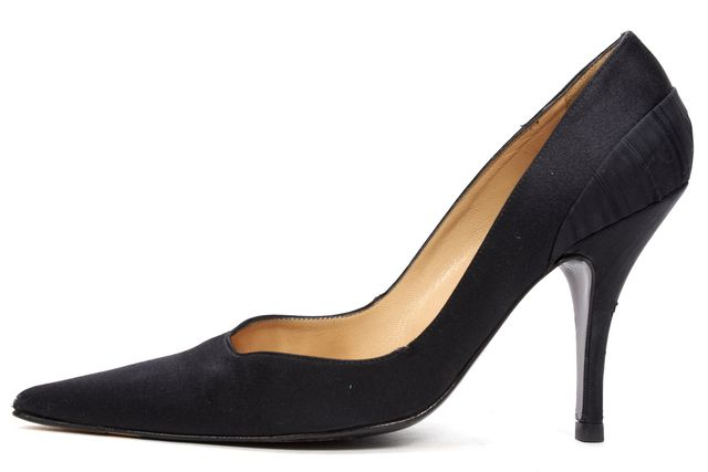 ALEXANDER MCQUEEN Black Casual Satin Pointed Toe Pump Heels