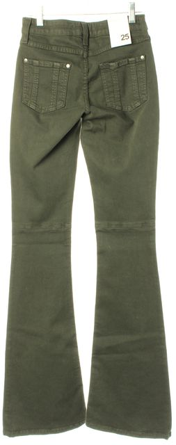 ALICE + OLIVIA Green Stacey Bell With Back Knee Seam Flare Jeans