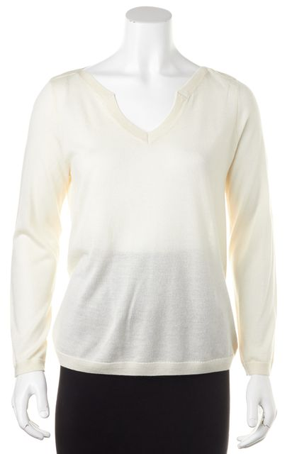 A.P.C. Ivory Silk V-Neck Casual Relaxed Fit Cropped Sleeve Sweater