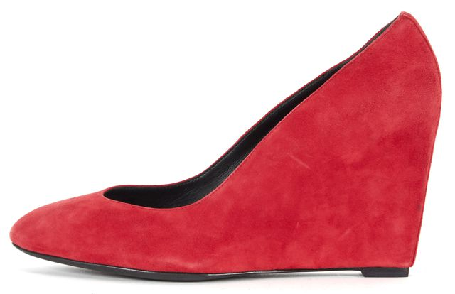 B BRIAN ATWOOD Lipstick Red Suede Bejo Wedges
