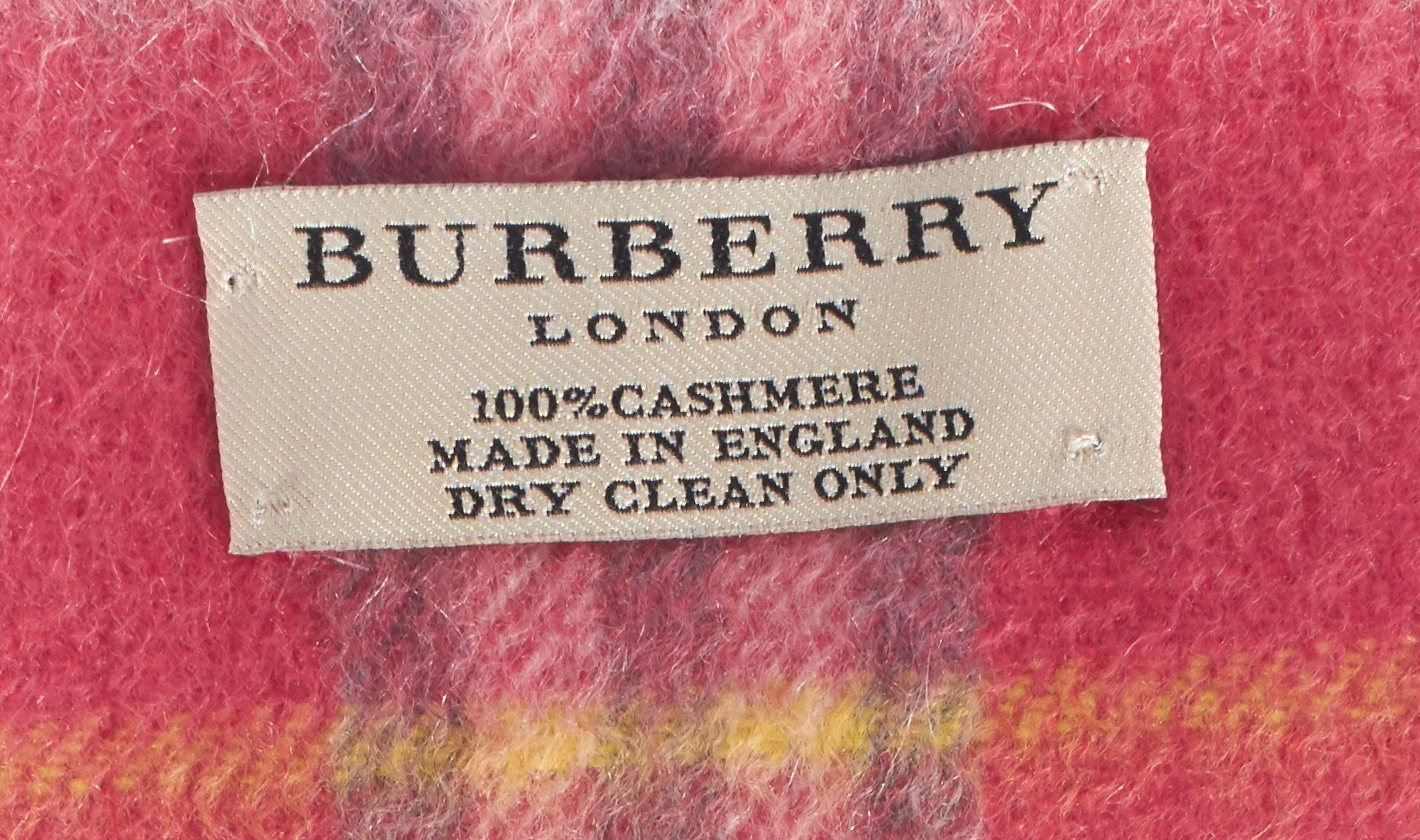 BURBERRY Pink Plaids Cashmere Fringe Scarf