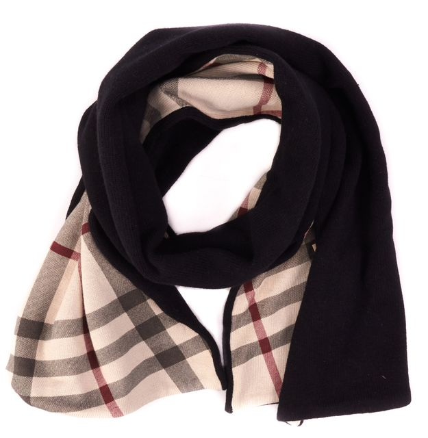BURBERRY Black Knit Winter Scarf