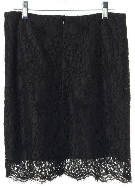 BURBERRY LONDON Black Lace Above Knee Straight Skirt