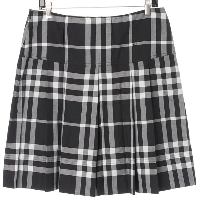 BURBERRY LONDON Black White House Check Cotton Pleated Skirt