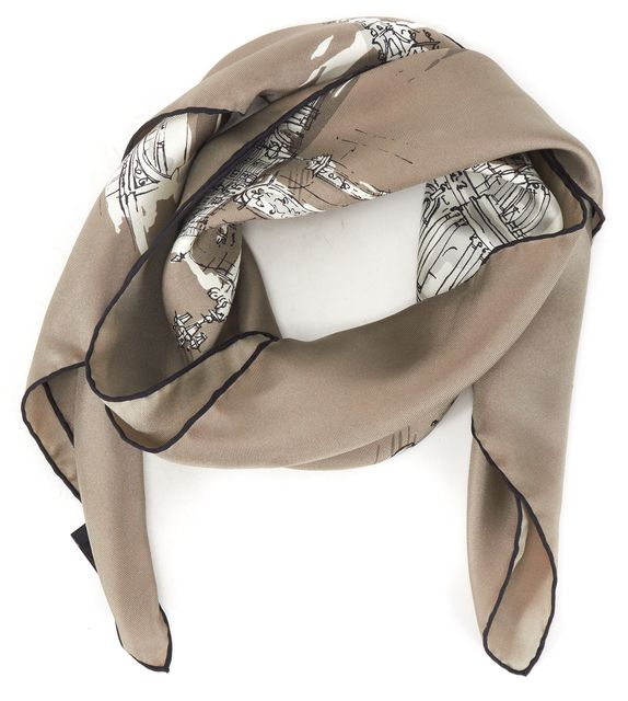 BURBERRY PRORSUM Gray White London Printed Square Scarf