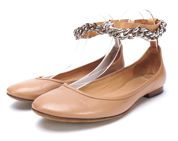 CELINE Beige Leather Chain Detail Rounded Toe Ballet Flats Size 37