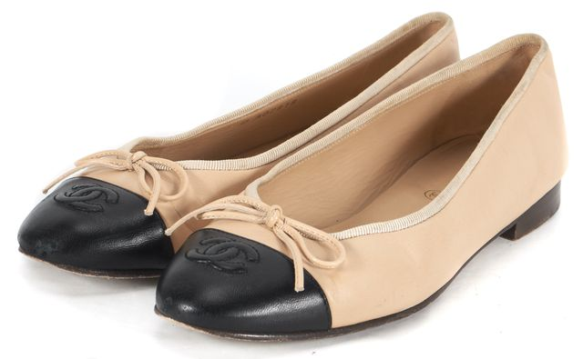 CHANEL Beige Leather Black Cap-Toe CC Grosgrain Trim Flats