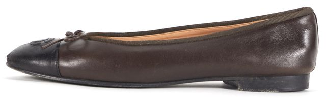 CHANEL Chocolate Brown Black Leather Cap Toe Ballet Flats