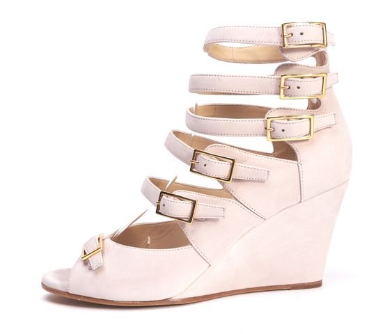 CHLOÉ Light Pink Nubuck Leather Gold Buckle Gladiator Sandal Wedges
