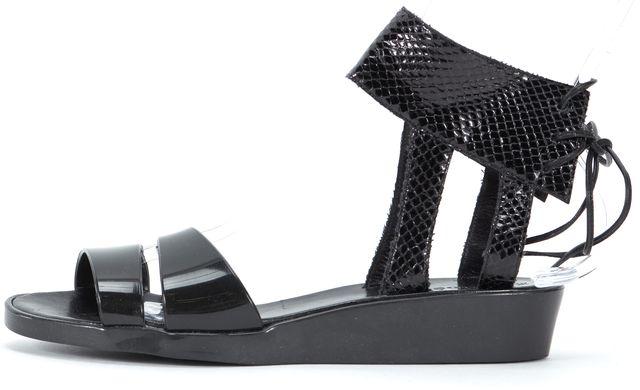 CHLOÉ CHLOÉ Black Snake Skin Casual Ankle Strap Jelly Sandals