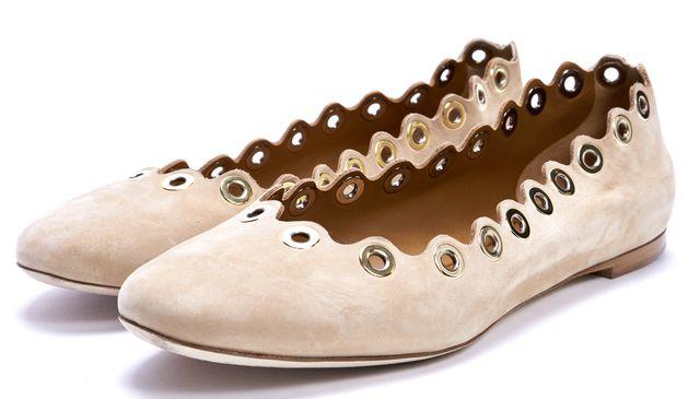 CHLOÉ Beige Suede Flo Grommet Scalloped Ballet Flats