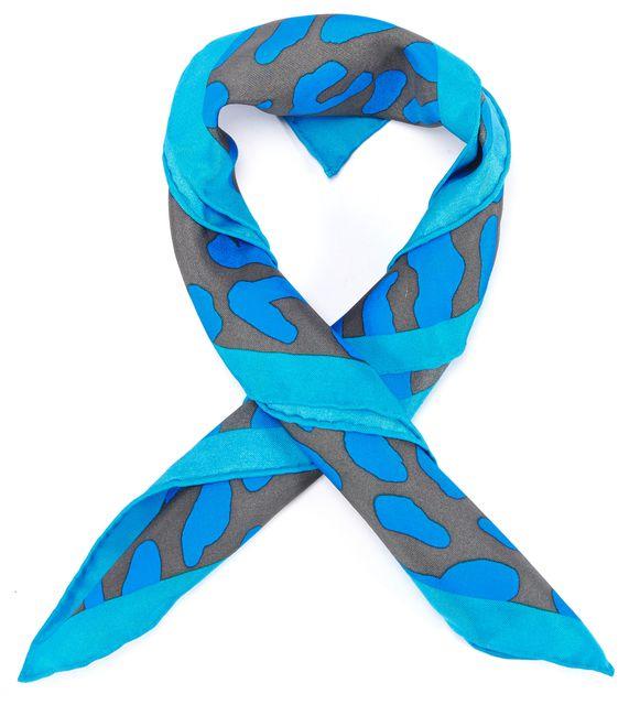DIANE VON FURSTENBERG Cerulian Blue Animal Print Silk Belmont Square Scarf