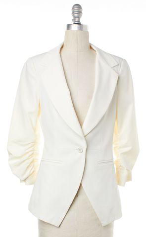 ELIZABETH AND JAMES Ivory Single Button Blazer Size 4