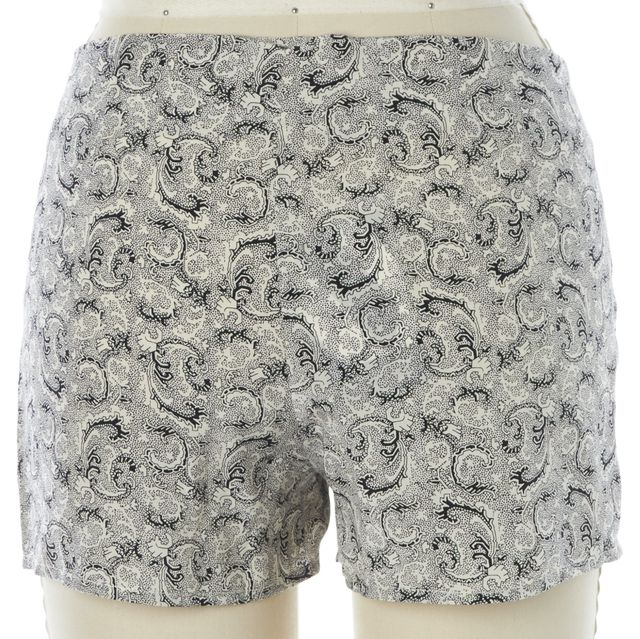 ELIZABETH AND JAMES White Navy Blue Paisley Casual Shorts