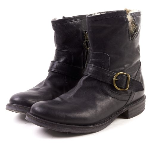 FIORENTINI + BAKER Black Leather Rabbit Fur Lined Eli Ankle Boot