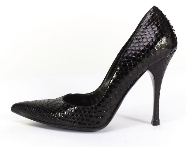 GUCCI Black Python Pointed Toe Pumps