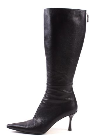 GUCCI Black Pebbled Leather Pointed Toe Low Heel Tall Boots Size 8