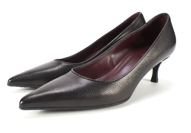 GUCCI Black Leather Kitten Heel Pumps Size 5.5