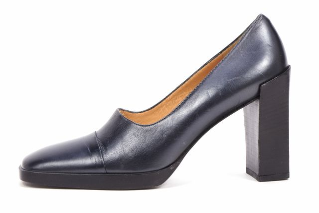 GUCCI Black Leather Square Toe Block Heel Pumps
