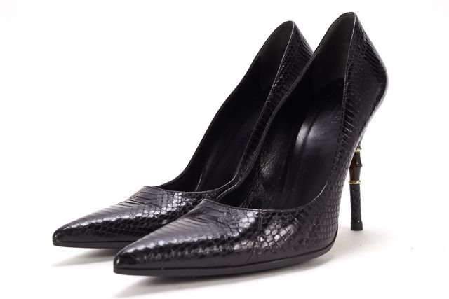 GUCCI Black Embossed Leather Casual Pointy Toe Pump Heels