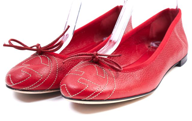 GUCCI Crimson Red Pebbled Leather Interlocking GG Logo Ballet Flats
