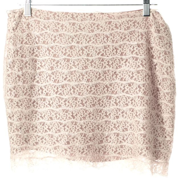HAUTE HIPPIE Blush Pink Floral Lace Mini Summer Straight Skirt