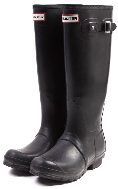 HUNTER Black Solid Rubber Knee High Rainboots