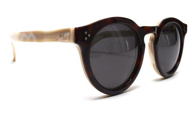 ILLESTEVA Brown Pearl Tortoise Acetate Leonard II Round Sunglasses