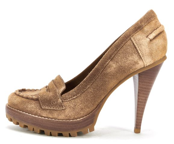 KORS MICHAEL KORS Tan Suede Loafer Pumps