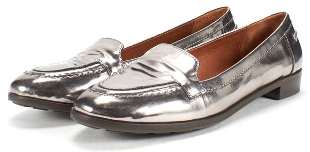 KATE SPADE Silver Leather Round Toe Slide On Loafers