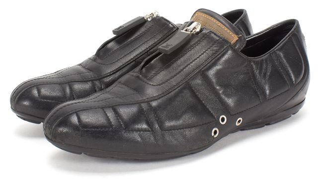 LOUIS VUITTON Black Leather Sneaker
