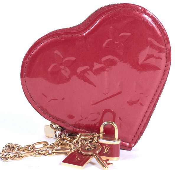 LOUIS VUITTON Red Gold Monogram Vernis Heart Coin Pouch Wristlet