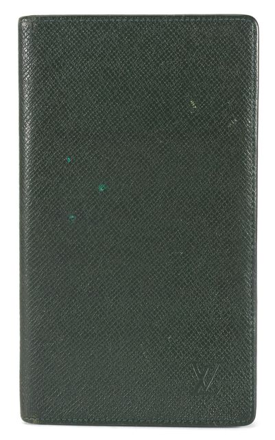 LOUIS VUITTON Dark Green Taiga Leather Checkbook Wallet