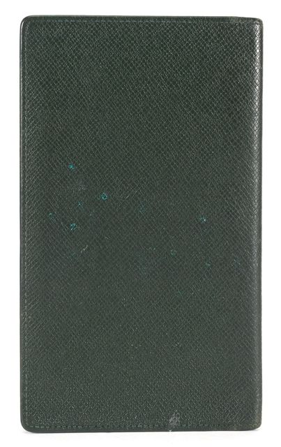 LOUIS VUITTON Dark Green Taiga Leather Checkbook Wallet
