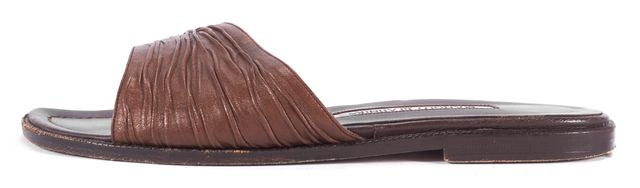 MANOLO BLAHNIK Brown Textured Leather Slip-on Sandals
