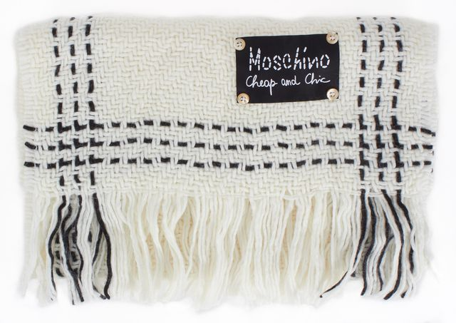 MOSCHINO CHEAP & CHIC White Black Contrast Stitch Fringe Trim Thick Knit Scarf