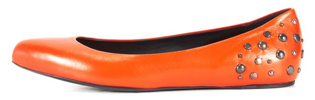 MCQ ALEXANDER MCQUEEN Orange Leather Stud Pointed Toe Flats