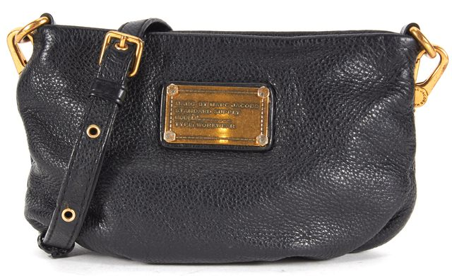 MARC BY MARC JACOBS Black Pebbled Leather Convertible Clutch Crossbody