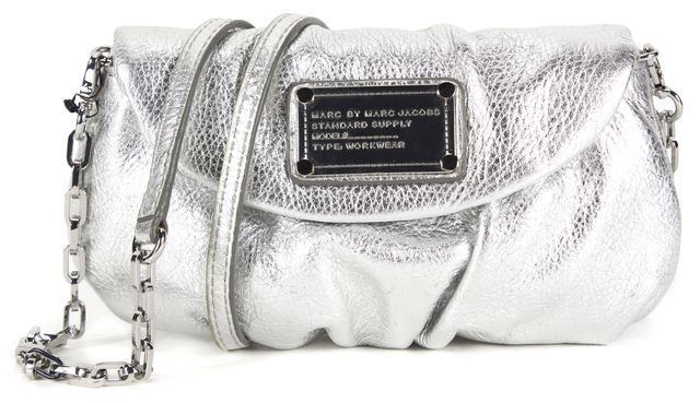 MARC BY MARC JACOBS Silver Pebbled Leather Classic Q Karlie Crossbody Bag