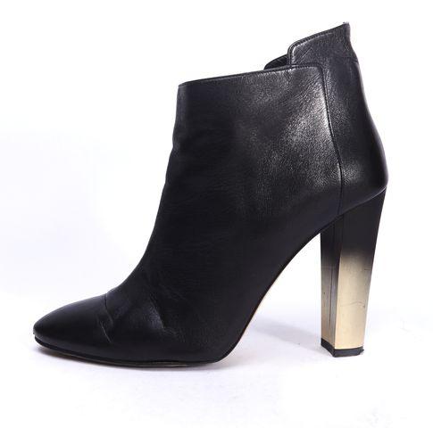 OSCAR DE LA RENTA Black Leather Pointed Toe Ombre Heel Ankle Booties