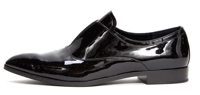 PRADA Black Patent Leather Pointed-toe Laceless Oxfords