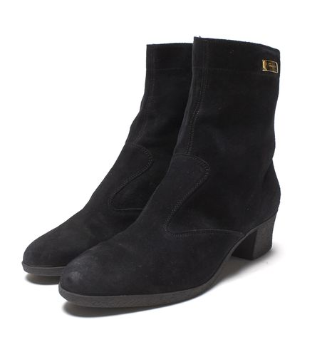 SALVATORE FERRAGAMO Black Suede Pointed-Toe Low Heel Ankle Boots Size 9