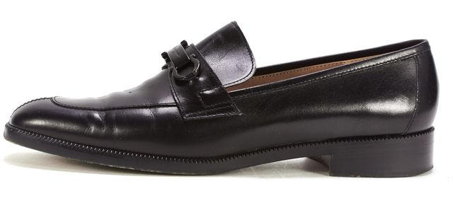 SALVATORE FERRAGAMO Black Leather Low Heel Loafers