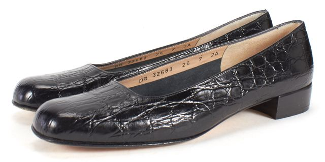 SALVATORE FERRAGAMO Black Crocodile Embossed Leather Loafer