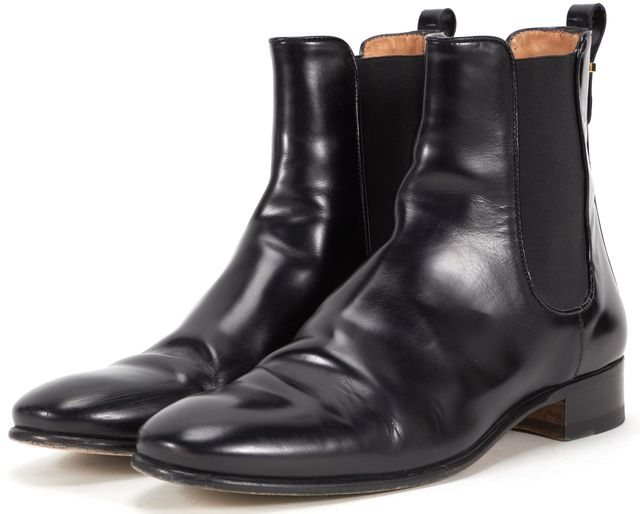 SALVATORE FERRAGAMO Black Leather Casual ChelseaRound Toe Ankle Boots