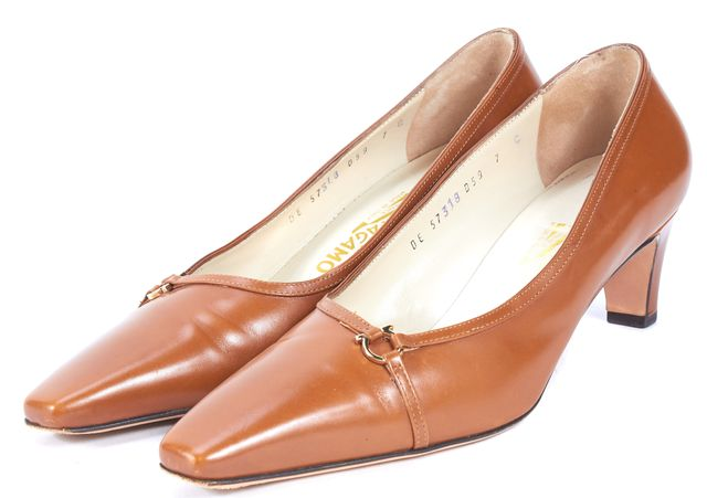 SALVATORE FERRAGAMO Brown Leather Pointed Toe Heels