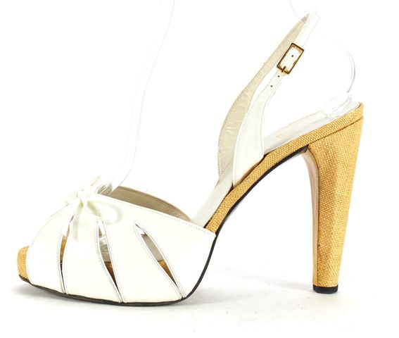 STUART WEITZMAN White Patent Leather Cut Out Bow Sandal Heels