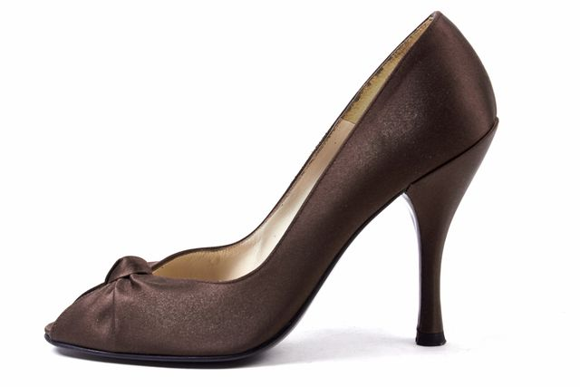 STUART WEITZMAN Brown Satin Peep Toe Heel With Bow