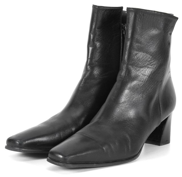 STUART WEITZMAN Black Leather Pointed Toe Ankle Boots