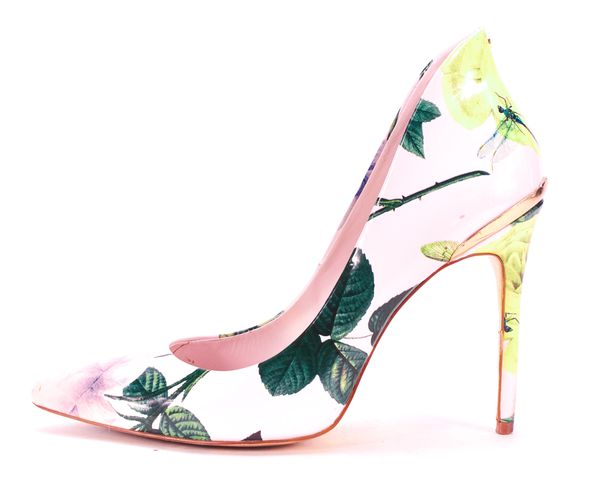 TED BAKER Pink Floral Patent Leather Pointed Toe Pump Heels